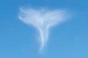 天使形の雲