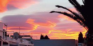 スペイン、ネルハの雲型UFO